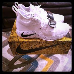 2018 Nike PG 2.5 basketball shoes SIZE 11